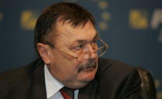 Fostul ministru Dobre, acuzat de abuz in serviciu - Parchetul vrea inceperea urmaririi penale