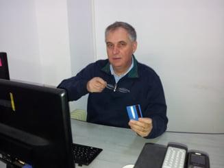 Fostul ministru Valerian Vreme, mii de felicitari de Craciun pentru alegatori, pe banii Postei - surse