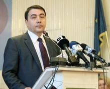 Fostul ministru al Agriculturii Stelian Fuia, condamnat la 4 ani de inchisoare cu executare