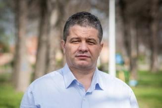 Fostul ministru al Sanatatii Florian Bodog, urmarit penal de DNA pentru mai multe infractiuni de coruptie