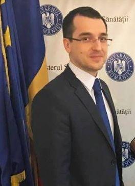 Fostul ministru al Sanatatii Vlad Voiculescu este audiat la DIICOT in dosarul medicului Mihai Lucan