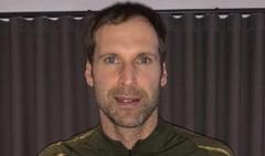 Fostul portar Petr Cech, retras din activitate in urma cu un an, trecut pe lista de jucatori a echipei Chelsea. Care e motivul