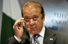 Fostul premier al Pakistanului a fost arestat si are de executat 10 ani de inchisoare pentru coruptie