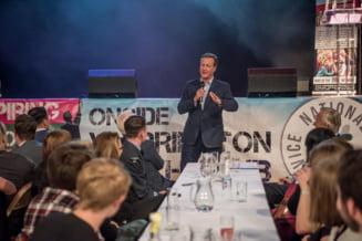 Fostul premier britanic David Cameron s-a angajat in sectorul privat - iata unde lucreaza