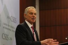 Fostul premier britanic Tony Blair anunta ca va renunta la imperiul sau financiar
