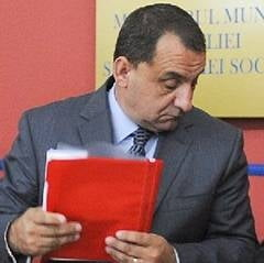 Fostul presedinte al ANOFM, Silviu Bian, lua mita cu sacosa