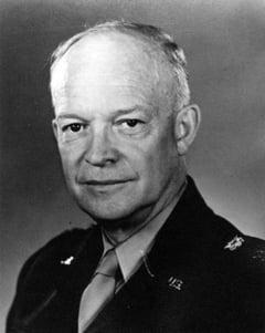Fostul presedinte american Eisenhower a avut trei intalniri cu extraterestrii