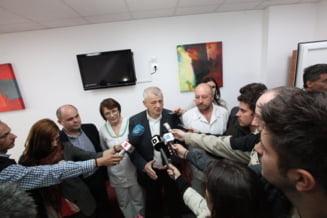 Fostul primar al Capitalei Sorin Oprescu, diagnosticat cu COVID-19