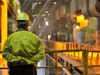 Fostul proprietar al Combinatului, ArcelorMittal, inchide un combinat din Polonia