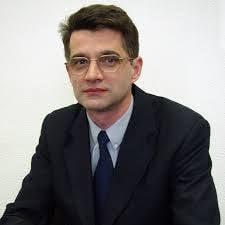 Fostul rector al UMF Cluj a demisionat din Senatul universitatii din cauza scrisorii de sustinere a ministrului Educatiei