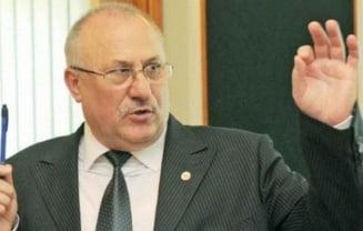 Fostul secretar de stat pentru revolutionari, George Costin, judecat pentru coruptie