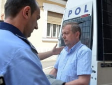 Fostul sef PSD al Casei de Pensii Bihor, judecat pentru dosare de pensionari pe caz de boala contra spaga, condamnat la inchisoare in prima instanta