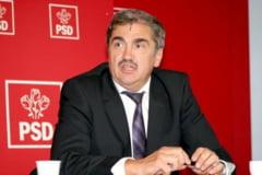 Fostul senator Florin Constantinescu construieste un spatiu comercial de 600 mp