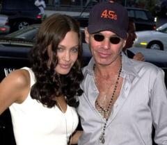 Fostul sot al Angelinei Jolie: Ei i s-a parut romantic sa ne taiem cu lama