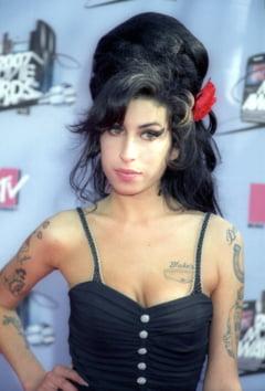 Fostul sot al lui Amy Winehouse: Ea a incercat sa se sinucida cu opt saptamani inainte de a muri