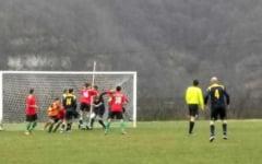 Fotbal / Liga a IV-a