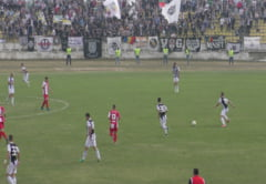 Fotbal, Liga 4: Sarbatoare la Tritenii de Jos. Unirea - Universitatea Cluj e maine, live video pe TurdaNews