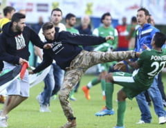 Fotbalisti israelieni s-au luat la bataie cu protestatari palestinieni (Video)