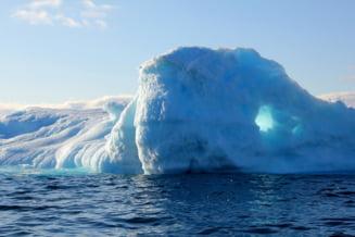 Fotografia care arata dezastrul din Groenlanda, dupa ce doua miliarde de tone de gheata s-au topit