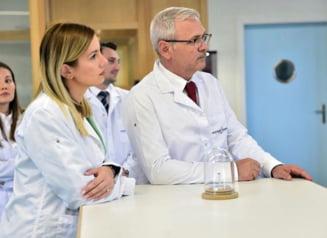 Fotografia zilei: Liviu Dragnea si Irina Tanase, in vizita de lucru la o fabrica elvetiana de ceasuri