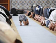 Fotografia zilei: Religia face totul posibil