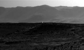 """Fotografie uluitoare realizata pe Marte: Exista viata pe """"Planeta Rosie""""?"""