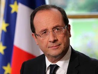 Francois Hollande avertizeaza Grecia ca ar putea fi exclusa din zona euro