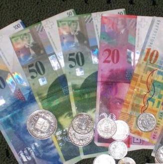 Francul elvetian a ajuns la un maxim istoric fata de euro