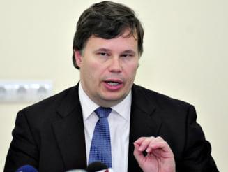 Franks: Bugetul de investitii s-a construit prea mult pe nevoile unor ministri