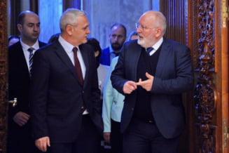 Frans Timmermans a fost desemnat candidatul social-democratilor la sefia Comisiei Europene