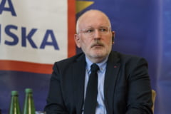 Frans Timmermans se pregateste pentru o dezbatere televizata cu Viktor Orban