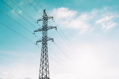Franta, Spania si Portugalia isi vor conecta retelele electrice. Ajutor de la UE fara precedent