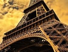 Franta a ramas fara turisti, din cauza atentatelor. Cum vrea sa ii atraga