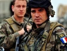 Franta isi retrage militarii din Afganistan
