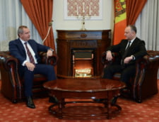 Fugariti de sanctiunile internationale, Rogozin si Dodon s-au intalnit pana la urma in Iran