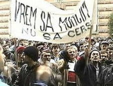 Functionarii publici anunta greva generala in luna mai