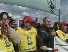 Functionarii publici se alatura protestului Cartel Alfa