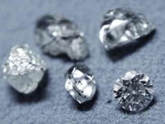 Furt de diamante la Paris