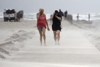 Furtuna Nicholas se transformă în uragan. Avertismentele autorităților americane