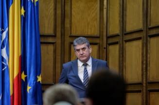 Gabriel Oprea - mai multe deplasari cu coloana oficiala decat Iohannis si Ponta la un loc