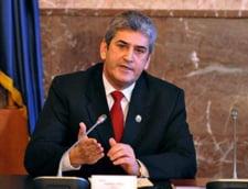 Gabriel Oprea, ferm cu prefectii: Nu pleaca nimeni in concediu