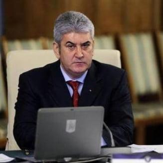 Gabriel Oprea, judecat pentru ucidere din culpa, isi anunta revenirea in politica de varf