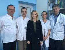 """Gabriela Firea s-a externat, dar o sa revina la spital pentru """"reintegrarea aparatului intestinal"""" (Foto)"""