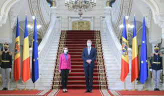 Gafa de protocol la Cotroceni. Maia Sandu a fost intampinata cu steagul Republicii Moldova arborat pe verso