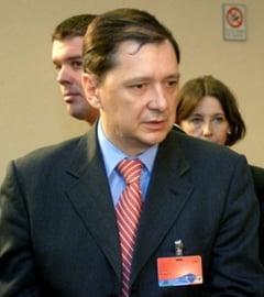 Gafa grosolana la Paris: Senatul propune rechemarea sefului ICR si a ambasadorului