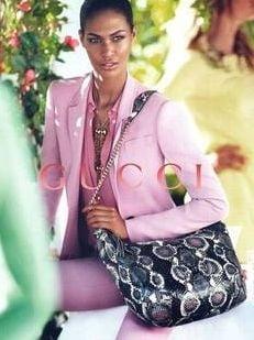 Gafa monumentala intr-o reclama Gucci