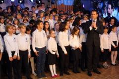 Gala Prieteniei Lauder: S-au aprins din nou luminile de Craciun si de Hanuca
