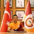 Galatasaray a anunțat transferul lui Moruțan. Primele imagini cu fotbalistul român la Istanbul VIDEO