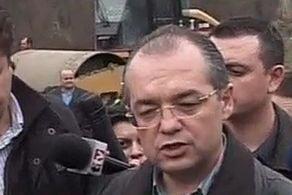 Galati: Boc, huiduit de pensionari pe tema inundatiilor