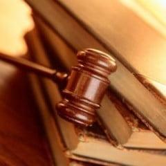 Galati: Functionar public trimis in judecata